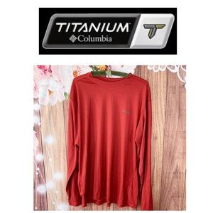 Columbia Titanium Red Long sleeve Tee- size L